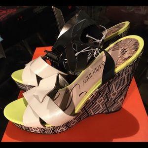 NWT Sam & Libby Wedge Sandals